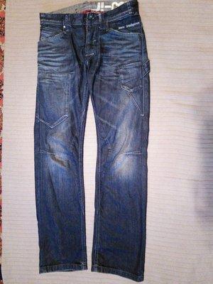 Плотные фирменные темно-синие джинсы с потертостями Jack&Jones. 29/32