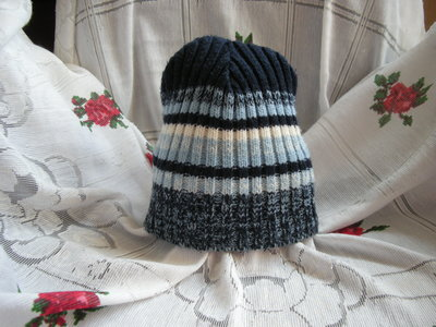 Супер шапка 4-8 лет-60грн.