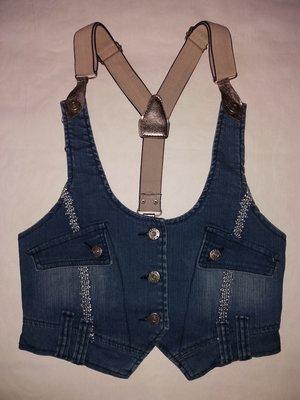 Модная джинсовая жилетка с-м